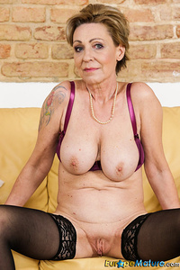 are shaved blonde milf xxx sorry, that